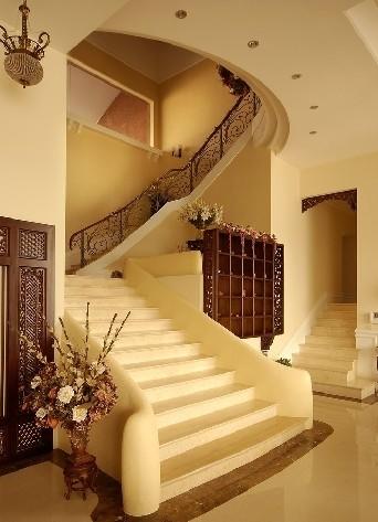 11种欧式楼梯装修效果图,助你打造一个美观实用的欧式风格家居空间.