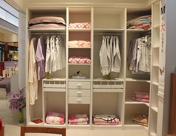 盛邦步入式衣柜 小户型节省空间的良策图片