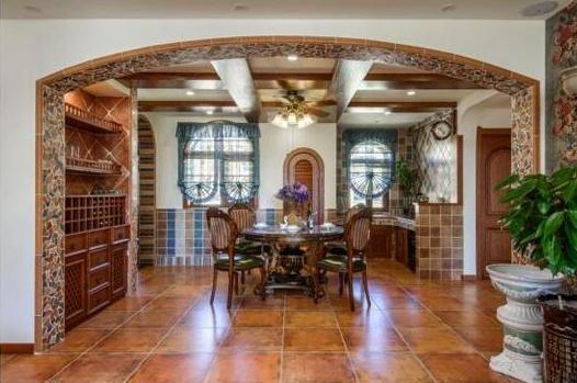 长谷磁砖:磁砖全屋定制让家具抵抗岁月侵蚀