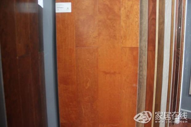 圣象时尚雅致地板 最新优惠9折促销