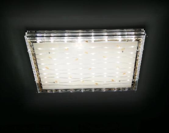 客厅灯哪个牌子好 美的LED客厅灯开启智能生活时代