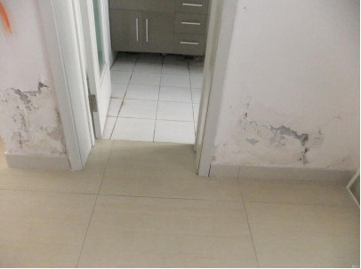 新房渗水真的要砸砖重新贴邓禄普dunlop教你省钱省力