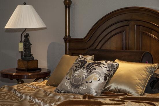<b>高端窗帘布艺的特色,带您一目了然</b>