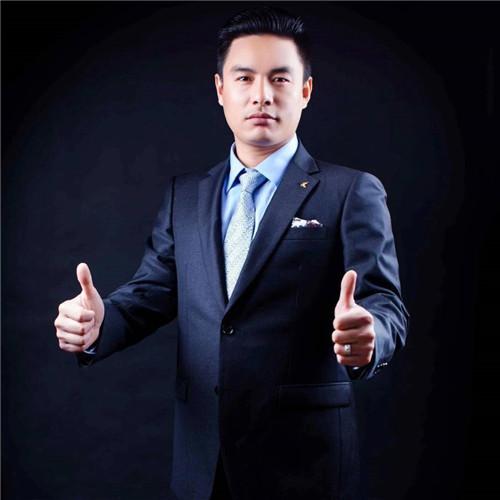 陈新 宏宇门窗总经理专访:心有多大,舞台就有多大!