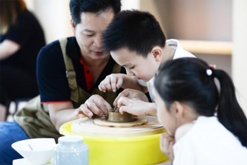 旅行中国·走进瓷都潮州开幕松发打响陶瓷工业第一炮