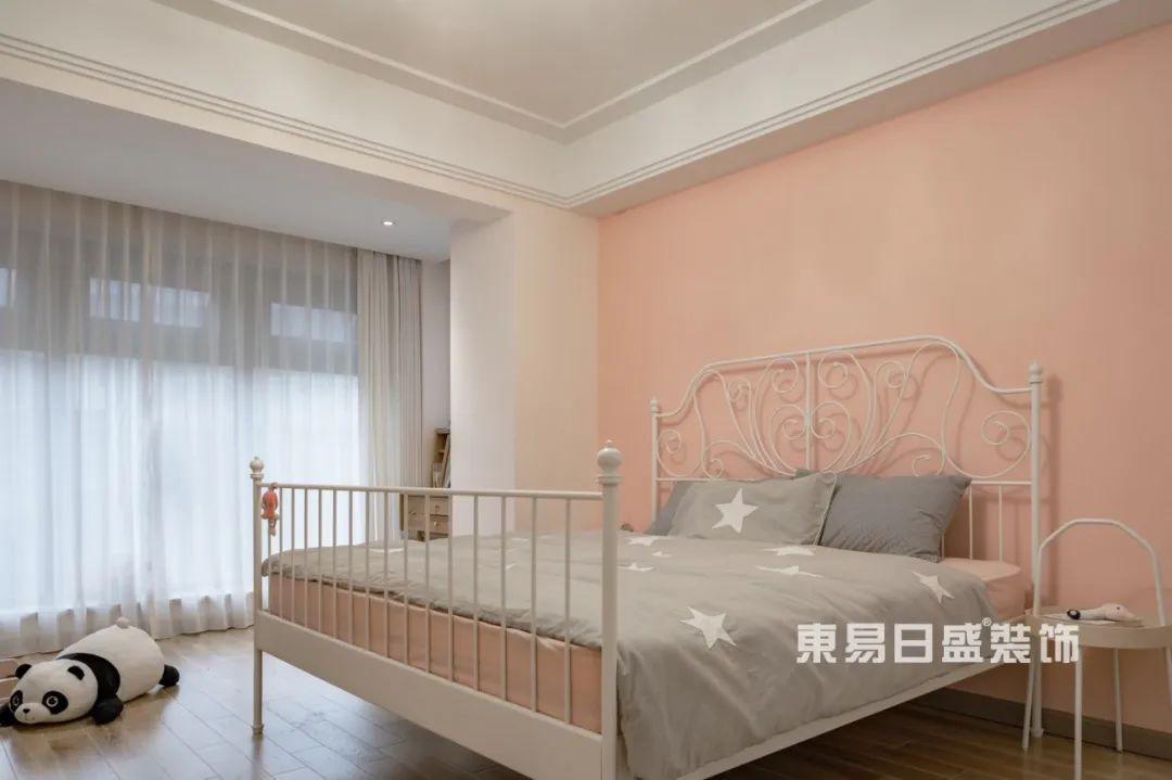 轻奢风格卧室
