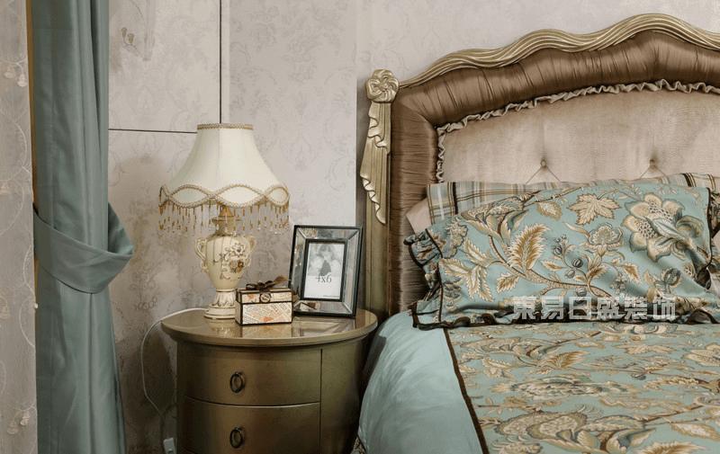 新古典风格卧室实景图