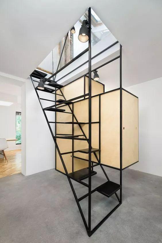 线条楼梯装修