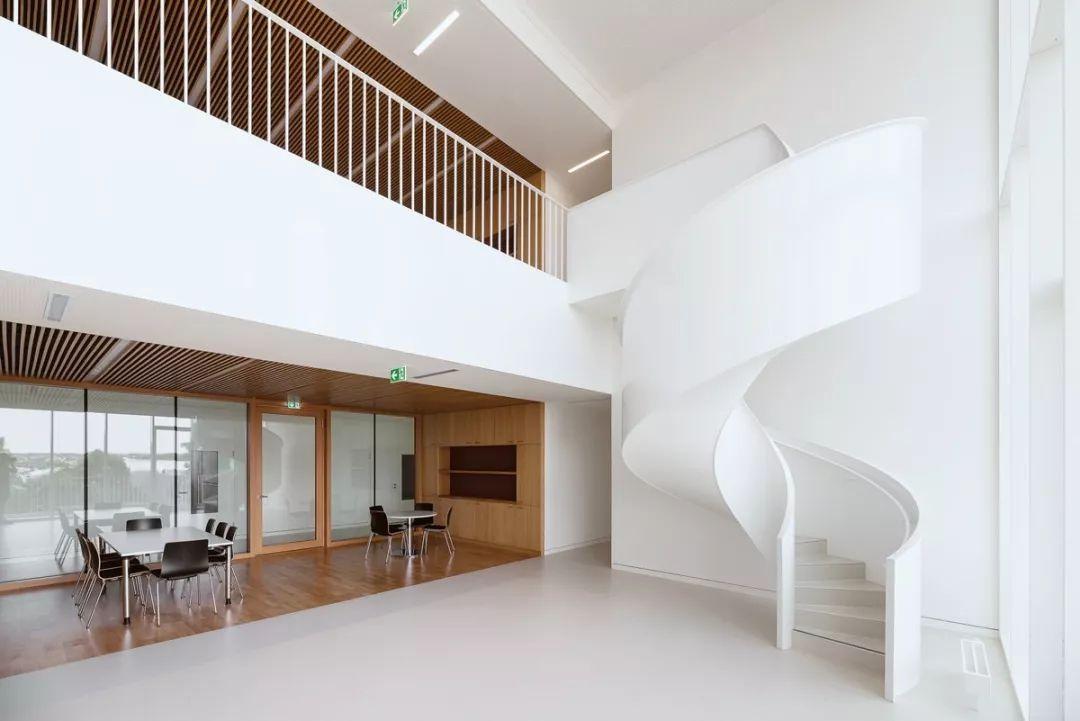 趣味旋转楼梯设计