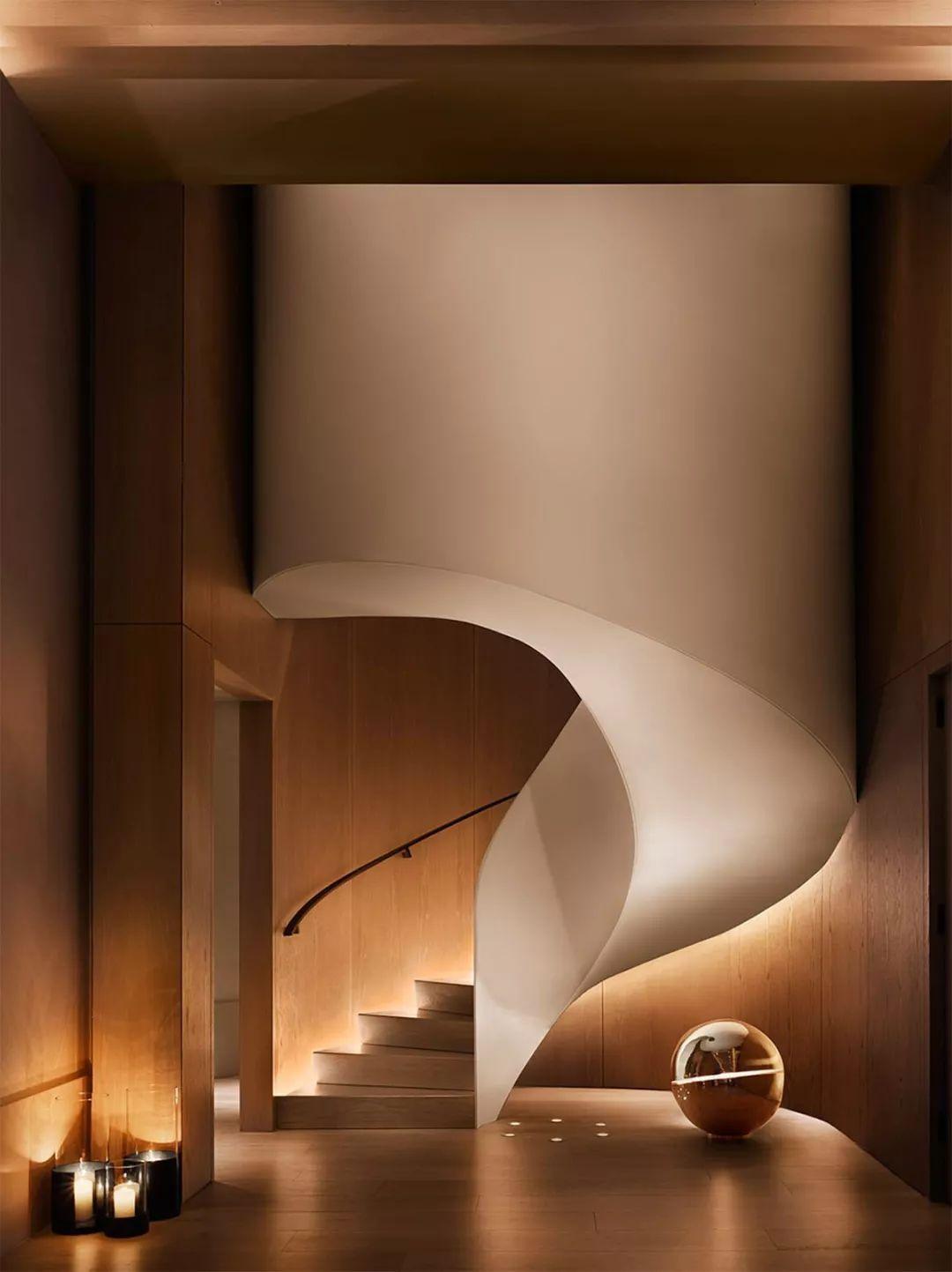 艺术旋转楼梯