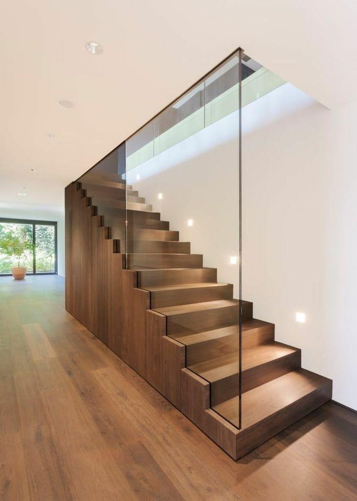 极简玻璃楼梯设计