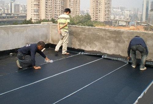 屋顶漏水处理