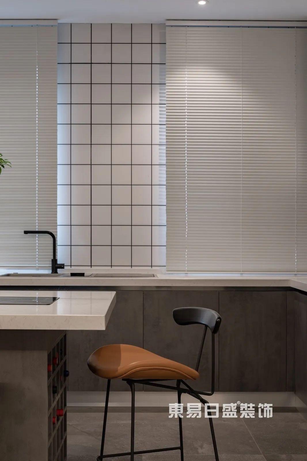 轻奢风格厨房设计