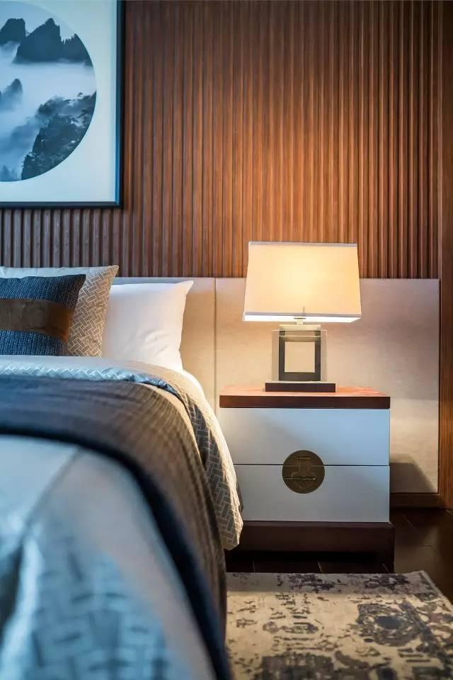 新中式卧室台灯