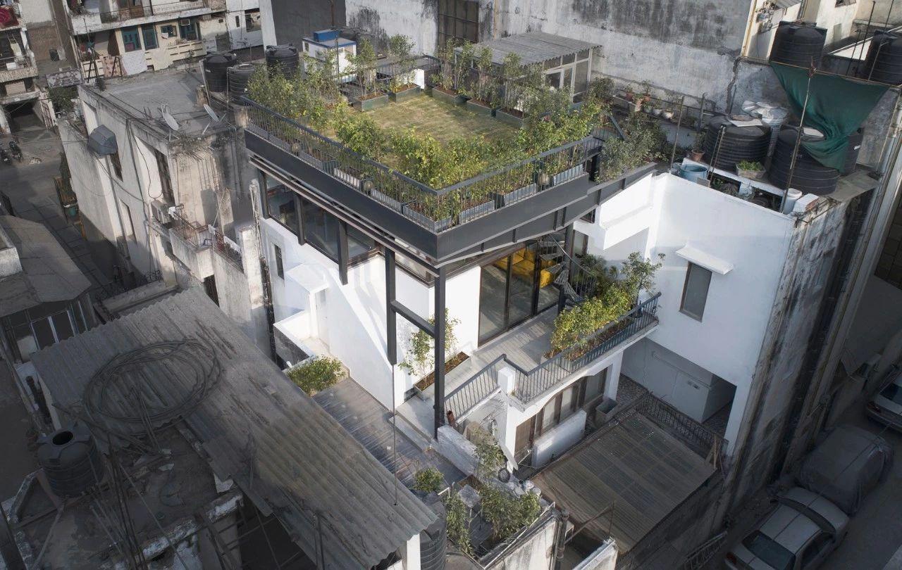 印度屋顶花园的独立住宅